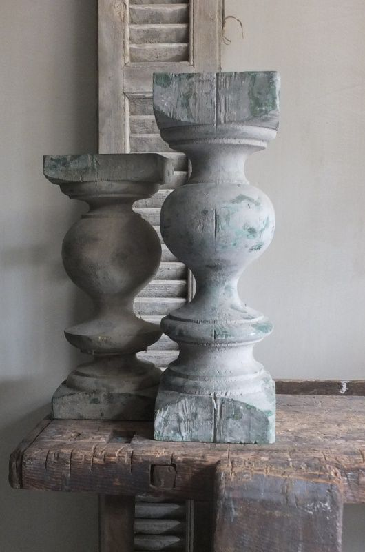 Oude balusters