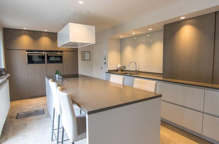 Moderne keuken, Zen Novy, Gevakeukens