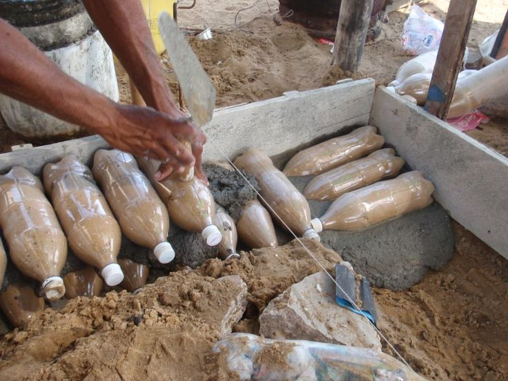 Bio-construcción con botellas PET