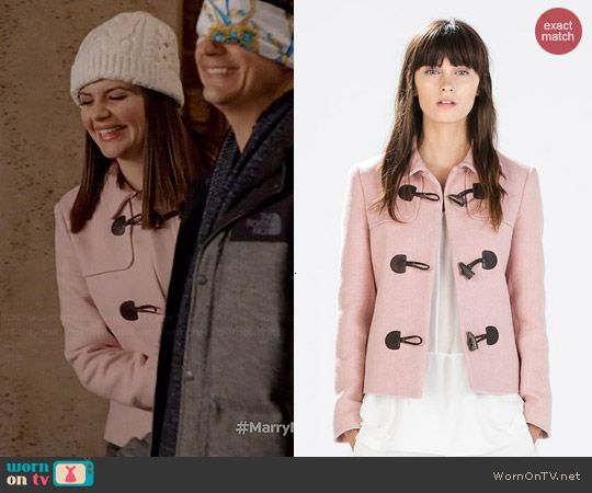 Annie's pink toggle coat on Marry Me.  Outfit Details: http://wornontv.net/44796/ #MarryMe