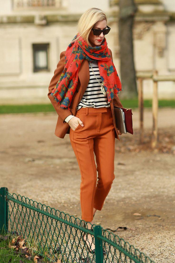 Joanna Hillman is doing Parisian-chic perfectly.  #Streetstyle at Paris Fashion Week #PFW