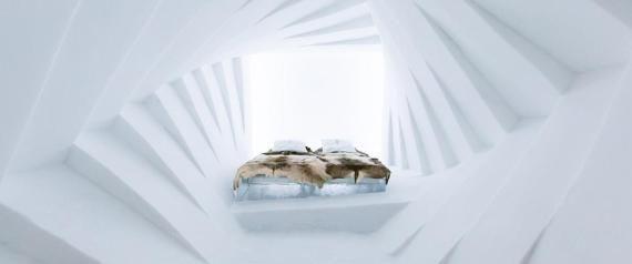 アナ雪の氷の城のよう 雪と氷でできた「アイスホテル」が美しい(画像)