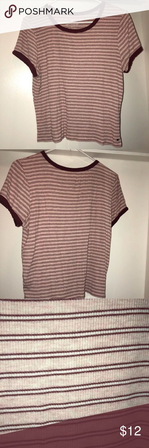 American eagle shirt size large This item has only been worn a few times and it is in great condition! It is super soft and comfortable. American Eagle Outfitters Tops Tees - Short Sleeve