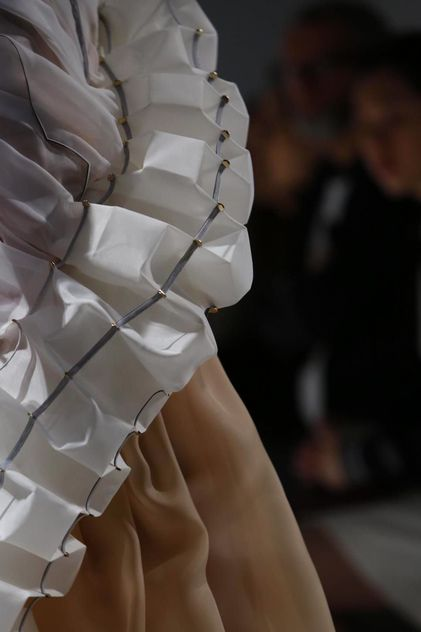 Structural fabric manipulation for fashion design - creative sewing; art with fabric; 3D fashion // Vionnet Couture FW14