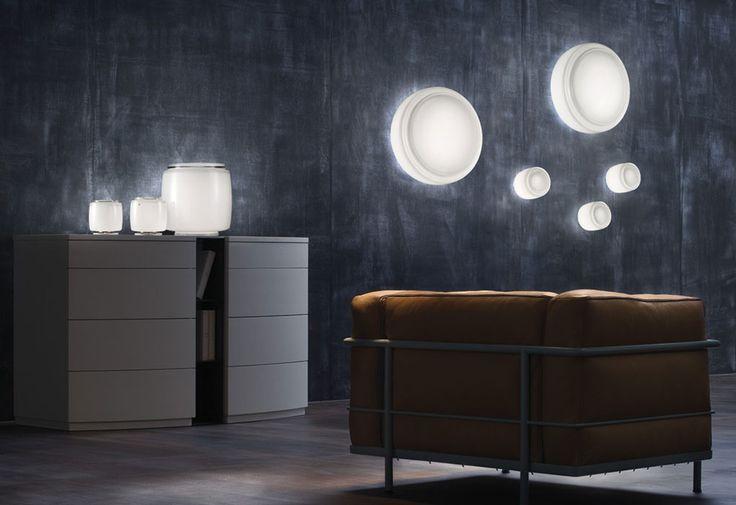 Bot wall/ceiling light