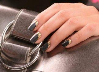 Как сделать зеркальные ногти?