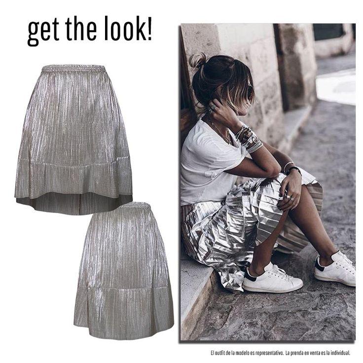 Falda tela plata plisada, largo asimétrico, bolsas laterales