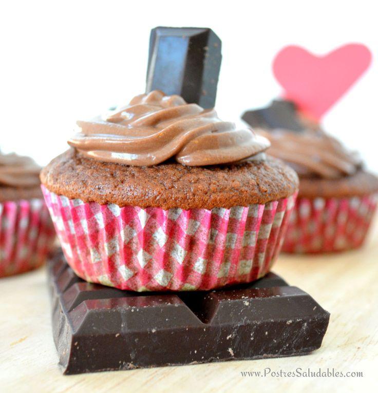 Postres Saludables | CupCakes de chocolate y nutella casera (sin azúcar, ni harina refinada) | http://www.postressaludables.com