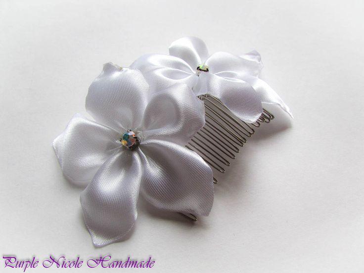 Arwen - Handmade Bridal Hair Comb by Purple Nicole (Nicole Cea Mov). Materials: satin, rhinestones, silvery comb.