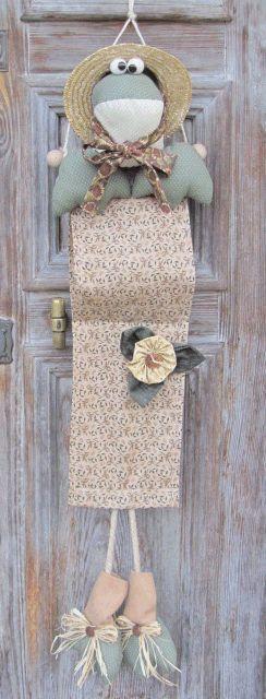 LaPe Country Designs: Una Ranocchia Porta-Rotoli