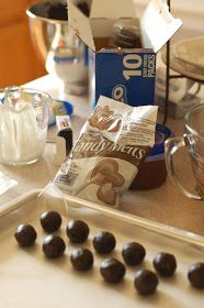 all things simple: cooking club: Oreo cake bites