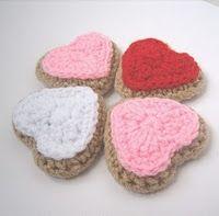 Free #Crochet Pattern: Heart Shaped CookiesCrochet Heart Pattern, Free Pattern, Crochet Food, Shape Cookies, Heart Cookies, Free Crochet, Heart Shape, Amigurumi Pattern, Crochet Pattern