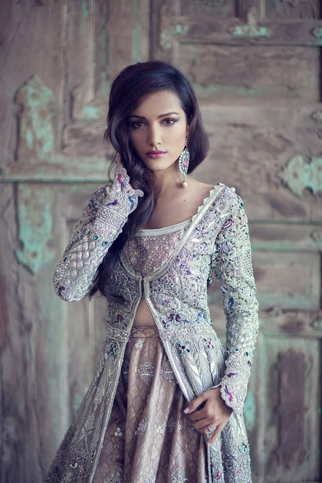 Pakistani Bridal Couture   Love the sleeves<3