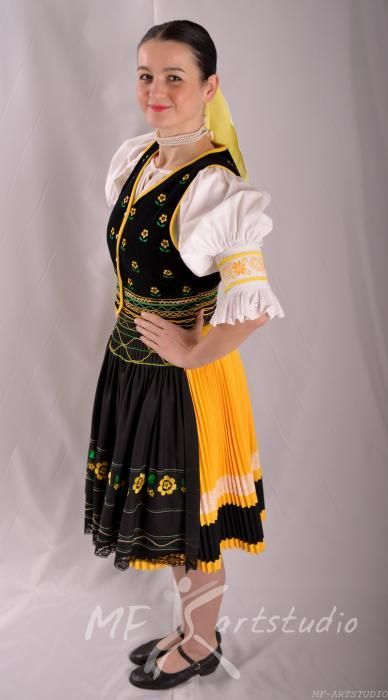 folklorny subor zemplin kroje - Google Search