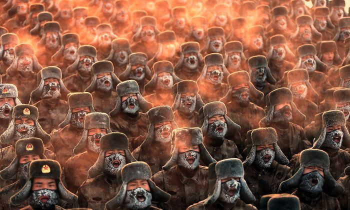 Soldiers On A Morning Exercise In Sub-Zero Temperatures, Chinese Province Heilongjiang | Bored Panda