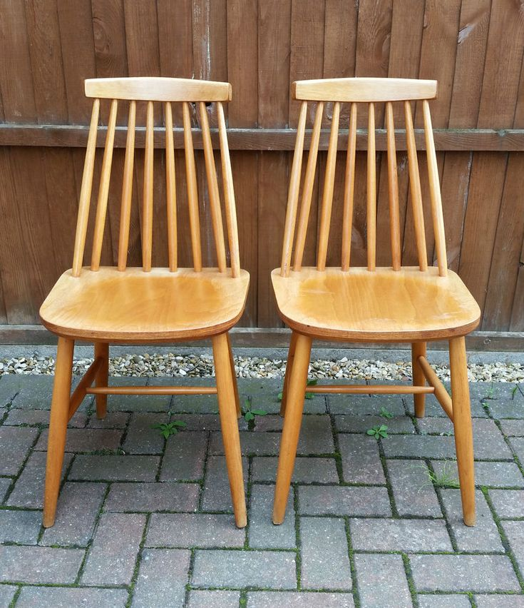 Pair Of Vintage Retro Ercol Style Wooden Spindle Back