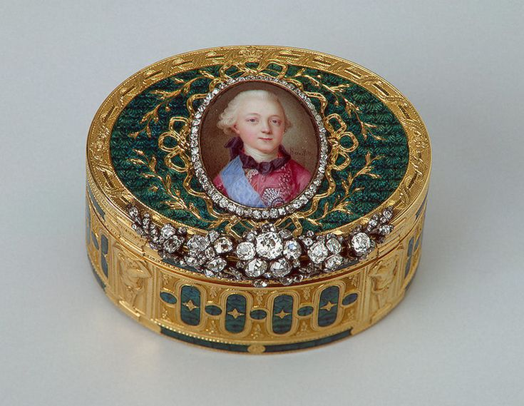lovely boxPavel Petrovich, 1774 Snuff Boxes, Jewels Boxes, Dukes Pavel, Young Pavel, Snuffbox, Pretty Boxes, Portraits