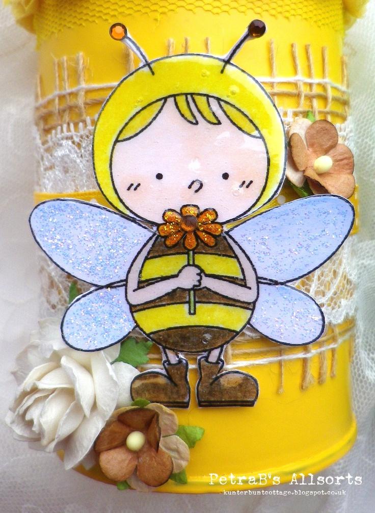 Easter Tin - Bee.