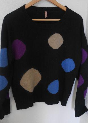 A vendre sur #vintedfrance ! http://www.vinted.fr/mode-femme/pull-overs/13021052-pull-a-gros-pois-style-vintage