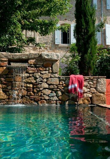 ultimate swimming hole in Provence
