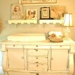 In LOVE with this changing table: Nurseries Decor, Idea, Old Dressers, Shabby Chic, Vintage Nurseries, Baby Rooms, Antiques Dressers, Girls Nurseries, Changing Tables