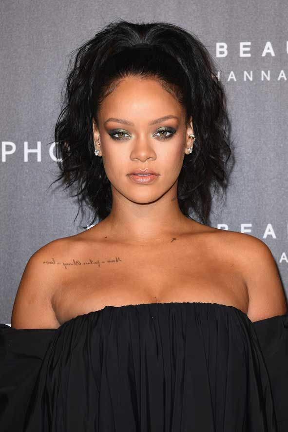 """Rihanna has just launched her Fenty Beauty range attending red carpets and launch parties in New York, London, Madrid and Paris. But the promotional tour has now ended up hitting the headlines in a different way as the singer and actress had to """"Clap back"""" when Make Up Forever posted a boastful Instagram post stating that """"40 shades is nothing new to us""""! All pictures are courtesy of Fenty Beauty / Sephora / Image.net / Atlantic Images"""
