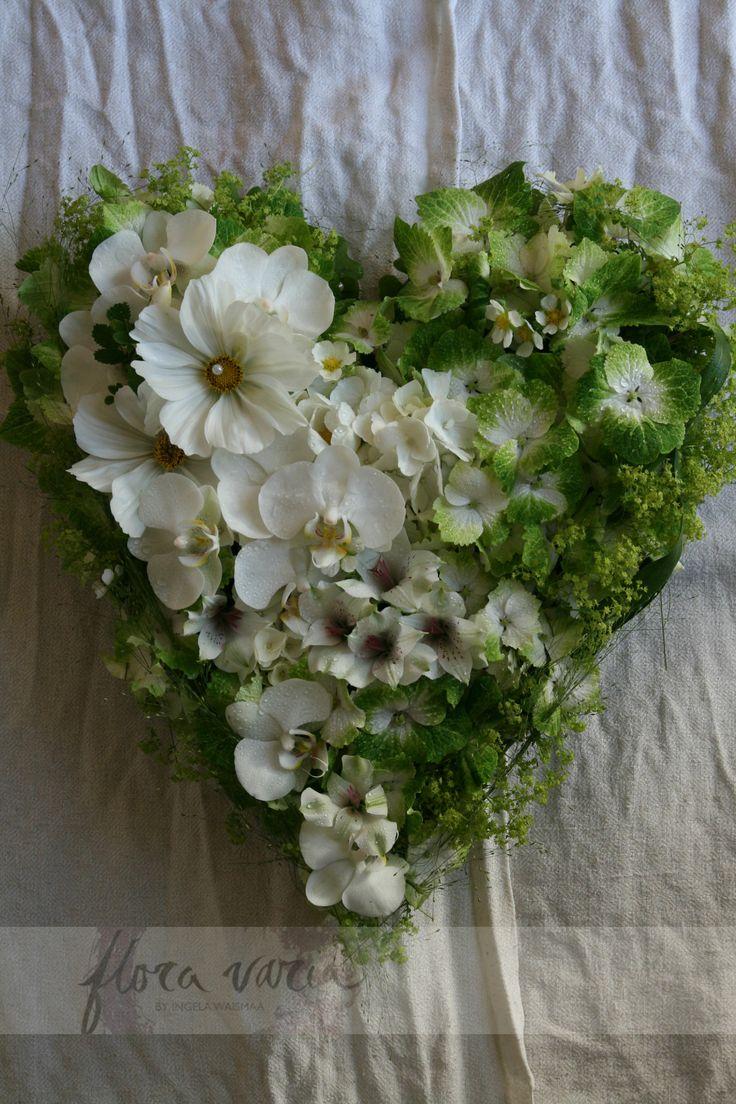 Floral heart by Ingela Waismaa @Flora varia by Ingela Waismaa