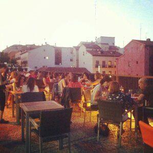Ir a cenar a la terraza de la Biblioteca de la UNED en #Madrid, ¡rico rico! #funplan