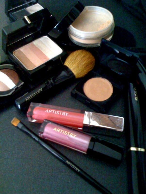 The perfect combination for date night! Let your inner beauty shine. #artistry, #beauty, #makeup