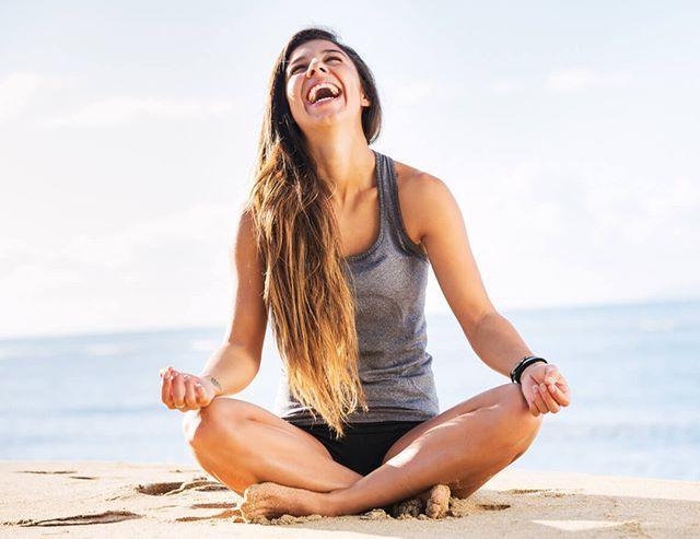 Buenos días! Saludamos al sol?  #Yoga #Pilates #Sevilla #Tomares #Salud #Nutrimas #cardioathomevideo