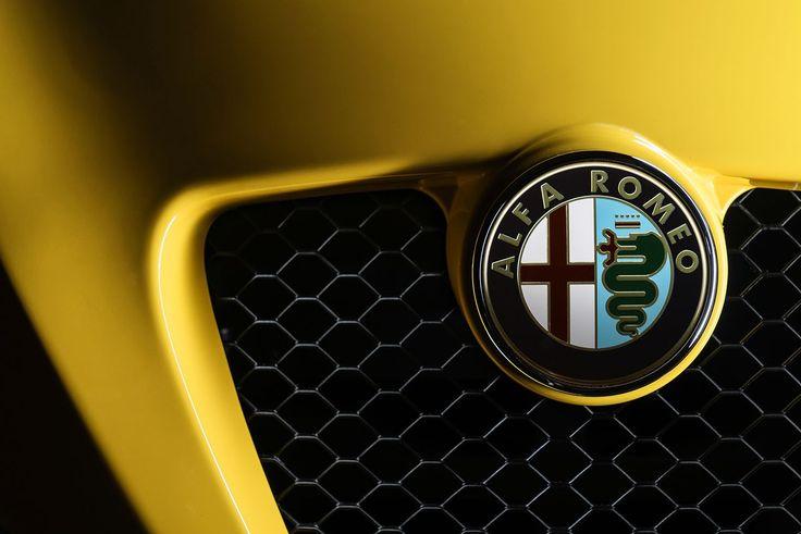 #Alfa #Romeo #4C #Spider detalle parrilla