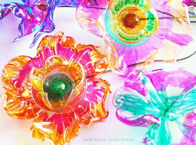 The magic of science makes these recycled plastic flowers beautiful. A great STEM  STEAM project for kids.