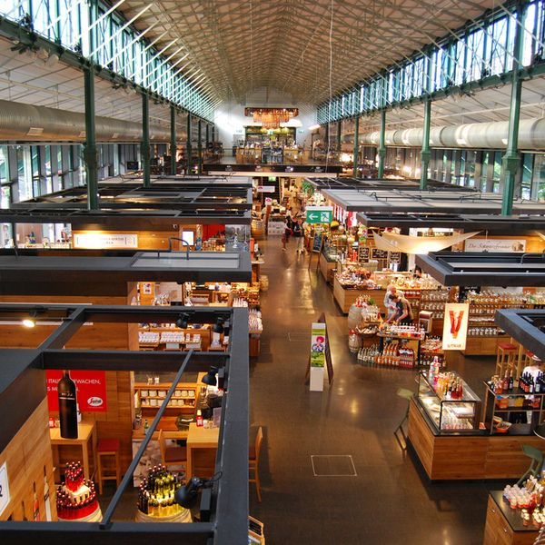 Located in Munich's Altstadt, or old town city center, Schrannenhalle is a long, beautiful, wrought iron & glass market hall filled with gourmet food and wine. Originally dating to the 19th century, Schrannenhalle was recently rebuilt as an extension of the Viktualienmarkt. Sit down for a coffee,...