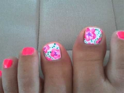 cute spring/summer pedi