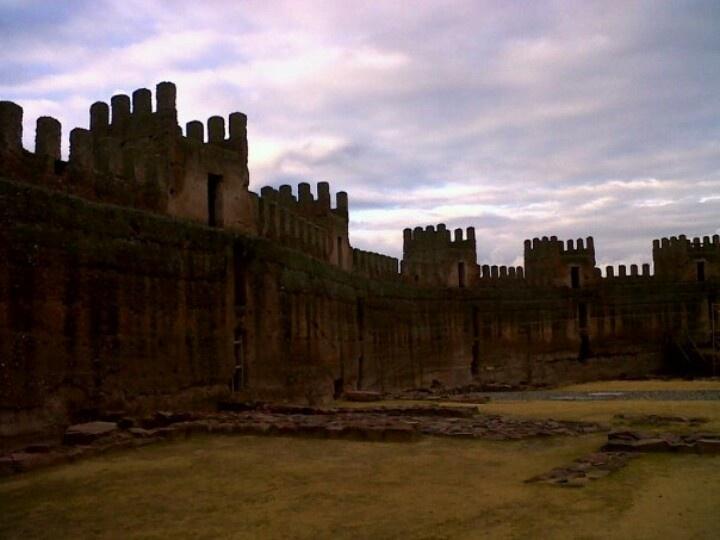Castillo de Baños de la Encina. Jaén.