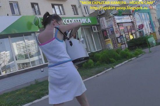 Смотреть под юбку скрытая камера фото