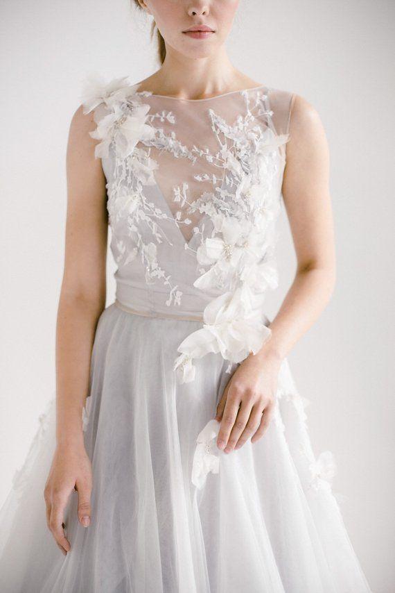 Open Back Wedding Dress Veronika Tulle Wedding Gown Etsy Tulle Wedding Gown Open Back Wedding Dress Embroidered Wedding Gown