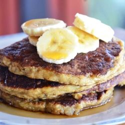 What happens when you combine oatmeal and banana pancakes? The healthiest, most delicious breakfast!