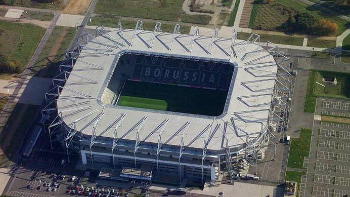 Borussia-Park, 54.067, 2004