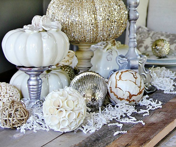 Here are five easy fall decorating ideas for the dining room. Make a monogrammed key pumpkin or pumpkin wall art and many more. Easy fall decorating ideas.