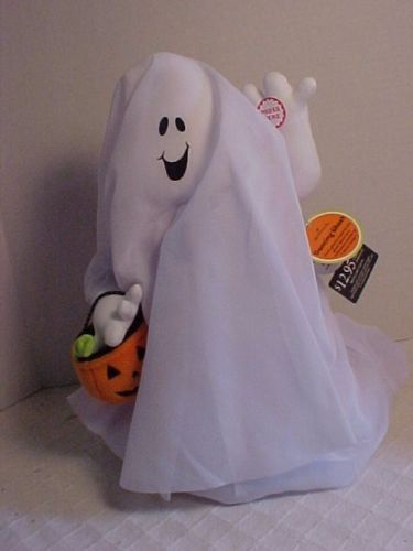 hallmark halloween dancing ghost 1994 music and motion halloween decorationsdancing - Hallmark Halloween Decorations