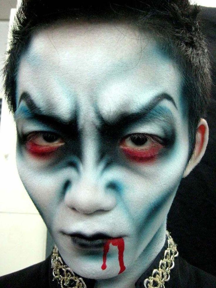 Vampire à l'expression menaçante et macabre bien dans l'esprit d'Halloween