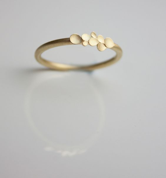 Engagement Rings – Dahlia 18ct yellow gold ring – a unique product by dkjewellery on DaWanda