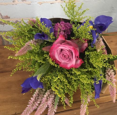 Just $30 for a gorgeous bunch of flowers for you mum, best friend or hell, even yourself. Don't forget that also includes delivery within 25km of Maroochydore. Check out our delivery areas here.