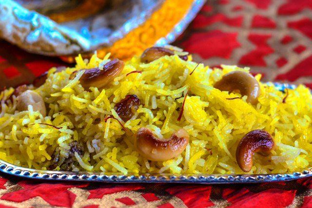 Basanti Meethe Chawal/Kesariya Rice/How to make Saffron Rice Happy Basant Panchmi #zardar_rice #meethechawal #saffron #festival #alltimefavorite #sweetyellowrice #basantpanchmi #holirecipe Recipe at: www.annapurnaz.in