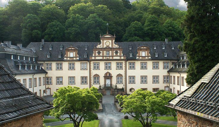 """Heiraten im Schloss von """"Verbotene Liebe"""": http://www.stift-ehreshoven.de/"""