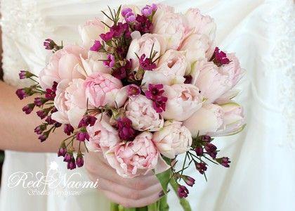 $bouquet #wedding #singlelatetulip #waxflower