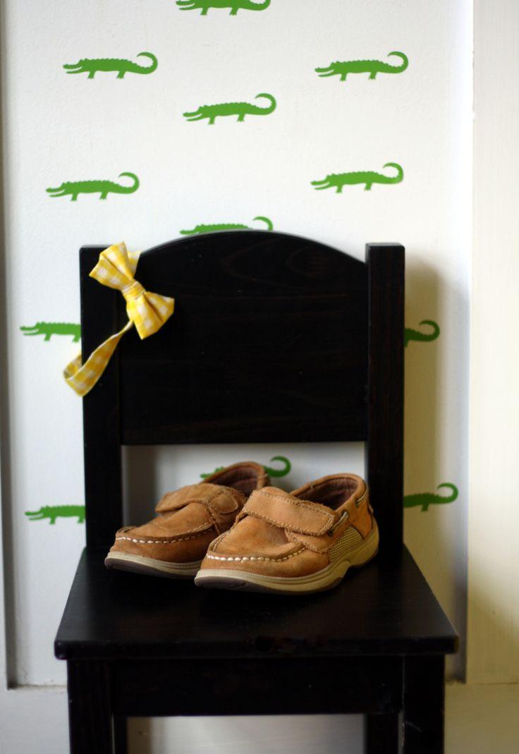 72 best vinyl decals images on pinterest vinyl decals wall alligator preppy pattern wall decals