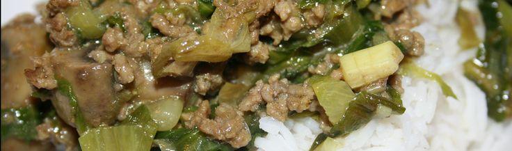 Andijvie met gehakt, champignons en rijst