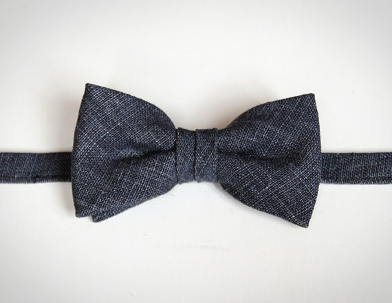 Jean  Navy Linen Bow Tie by bowtieandcotton on Etsy, $28.00A Mini-Saia Jeans, 2800,  Bowties, Bows Ties, Bow Ties, Linens Bows, Navy Linens, 28 00, Denim Bows